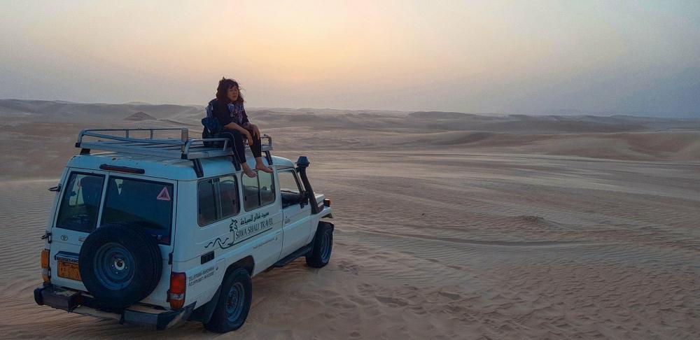 Bức ảnh ấn tượng, tâm đắc nhất của Lan Uyên tại Sa mạc Sahara.