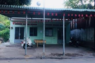 Lớp học tình thương đơn sơ không bảng hiệu tại đường số 18, khu phố 5, phường Linh Trung.