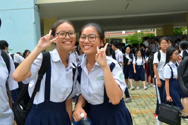 Thí sinh dự kỳ thi vào lớp 10 tại TP HCM Ảnh: TẤN THẠNH
