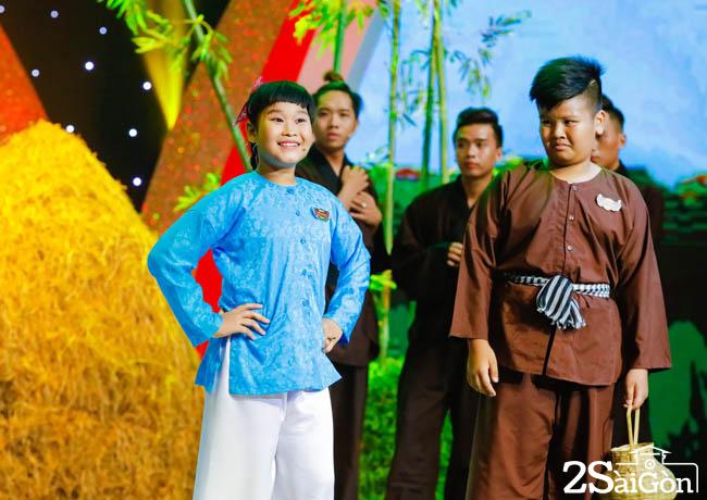 Be Thien Phuc - Truc Phuong