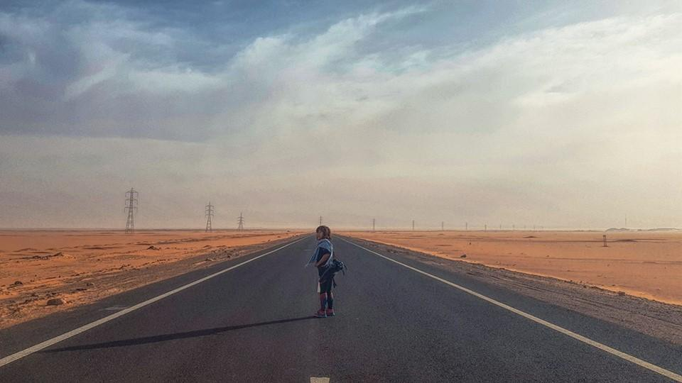 Sa mạc biên giới Libya.