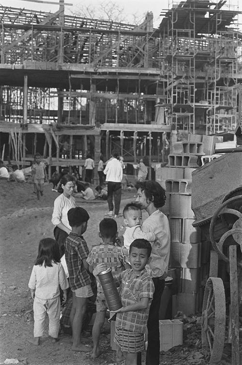 Những bức ảnh về Sài Gòn những năm 1960 qua ống kính nhà báo Pháp François Sully