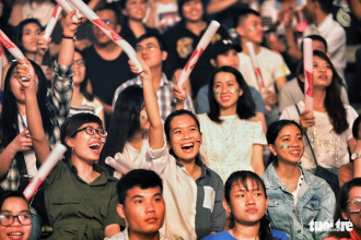 Phái nữ chiếm phần đông xem trận khai mạc World cup 2018 - Ảnh: HỮU KHOA