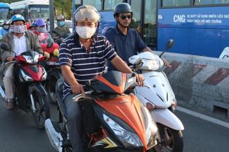 TP.HCM giữa tháng 6 nắng nóng, nhiệt độ từ 31-35 độ C. Ảnh: Nguyễn Diễm.