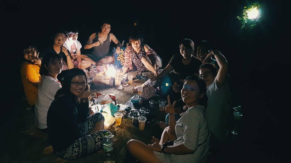 Những hình ảnh trong chuyến du lịch cắm trại tại vườn quốc gia Nam Cát Tiên cùng bạn bè. Đây cũng là chuyến du lịch rẻ nhất của Uyên với chỉ 300.000 ngàn đồng.