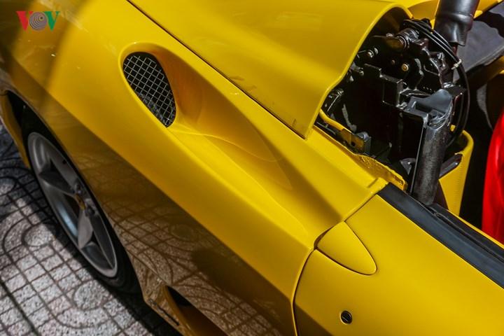 Các chi tiết như hốc gió, tay nắm cửa hay những chi tiết khí động học vẫn được Ferrari sử dụng trên các mẫu xe mới của hãng.