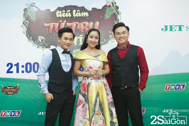 BAN GIAM KHAO (2)