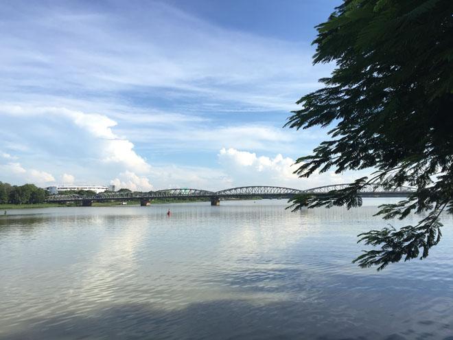 Sông Hương và Cầu Trường Tiền