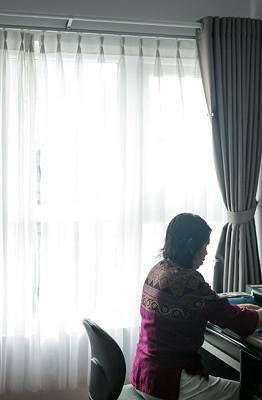 Từ năm 20 tuổi, bà Nguyễn Thị Mỹ Loan (ngụ quận Bình Thạnh, TP.HCM) đã có ý tưởng sưu tầm những vật dụng, món đồ mình yêu thích, với số lượng càng nhiều càng tốt. Tuy nhiên, lúc bấy giờ, bà vẫn còn là sinh viên, phải tập trung vào việc học và cũng không có nhiều điều kiện nên số lượng các bộ sưu tập còn hạn chế.