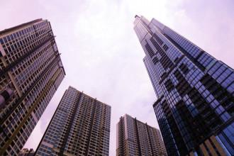 Tòa nhà cao nhất Việt Nam Landmark 81 nằm trong một khu đô thị tại cửa ngõ Đông Sài Gòn, đường Nguyễn Hữu Cảnh (quận Bình Thạnh, TP. HCM) được xem là một trong những công trình hiện đại và cao cấp bậc nhất Việt Nam ở thời điểm hiện nay.