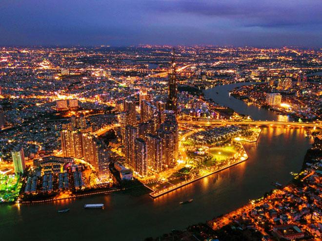 Nhìn từ trên cao, tòa nhà cao nhất Việt Nam nằm gần khu vực sông Sài Gòn, cửa ngõ phía Đông của TP.