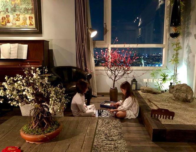 Hồng Nhung không quên đưa thiên nhiên vào bên trong nhà.