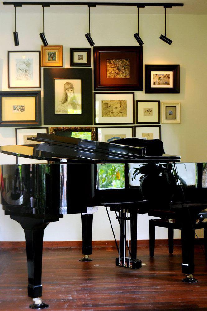 Kết hợp giữa âm nhạc và hội họa.