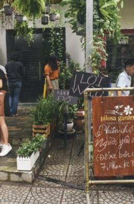 """Phiên chợ dành riêng cho """"người yêu cũ"""" và người dưng mới lần đầu được tổ chức tại Sài Gòn."""