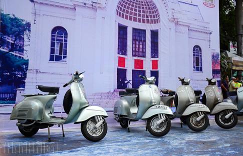 Hàng trăm xe cổ tụ hội, tái hiện góc phố Sài Gòn xưa - ảnh 5