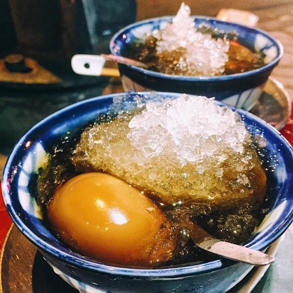 """Muốn thưởng thực các món ăn của người Hoa """"đúng chuẩn"""", có lẽ không đâu hợp lý bằng khu vực Chợ Lớn ở TP.HCM. Ảnh: @sallychoco, @simontran279."""
