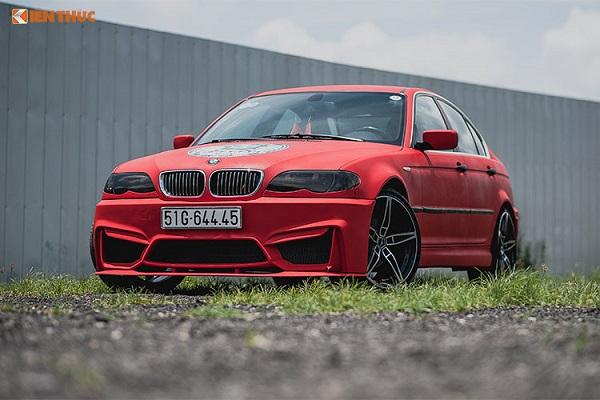 Tại thị trường Việt Nam cũng như thế giới, dòng xe ôtô BMW 318i cũ mã E46 rất nổi tiếng và được nhiều người ưa chuộng bởi nồi đồng cối đá, độ bền và máy khoẻ... cho đến nay, trên đường phố vẫn có khá nhiều những chiếc BMW dòng 3 series này bon bon lăn bánh trên những cung đường.