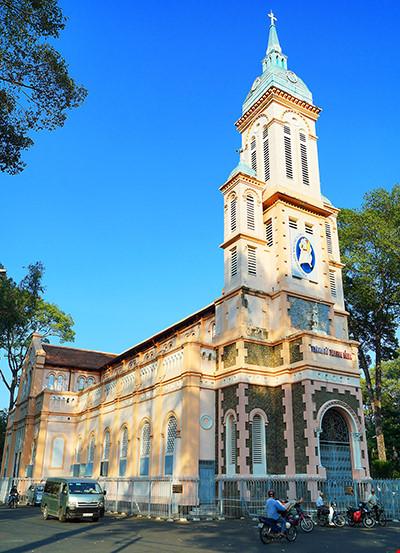 Một góc Nhà thờ Ngã Sáu