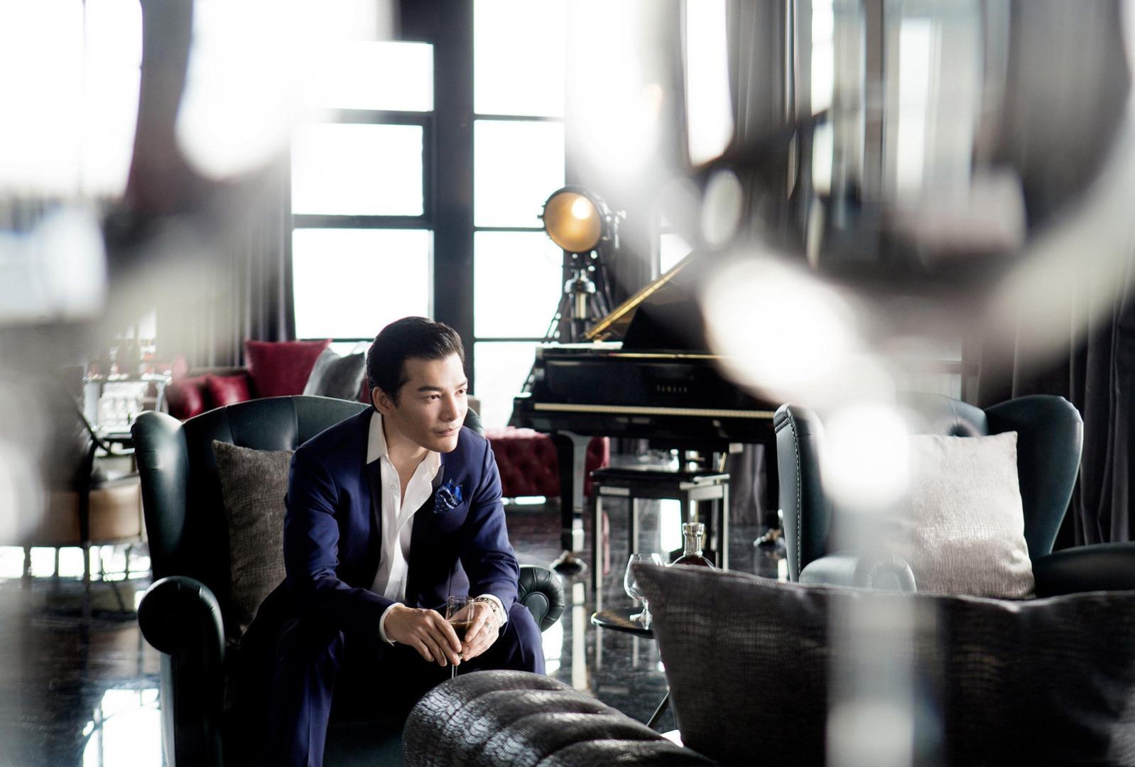 Mặc dù công việc bận rộn nhưng về đến căn hộ, Trần Bảo Sơn cảm thấy rất thoải mái, ấm cúng