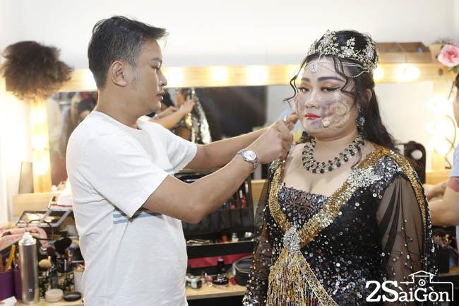 Tong dao dien Huu Quoc dang ho tro Huyen Tram (6)