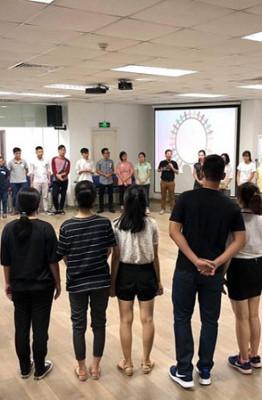 Một hoạt động trong workshop làm bạn với stress ẢNH: THÚY HẰNG