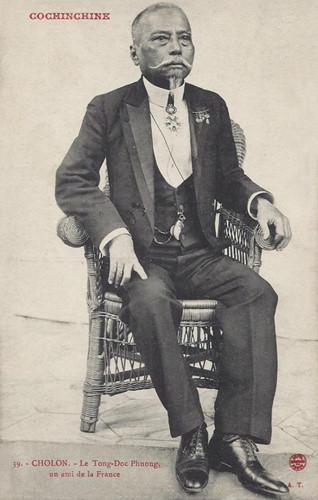 Hình ảnh Tổng đốc Phương trên một bưu thiếp Pháp xưa. Vào giai đoạn đỉnh cao sự nghiệp, uy thế ông lên cao đến mức quan Toàn quyền Paul Doumer khi vào Nam còn ghé nhà ông ăn uống. Ảnh tư liệu.