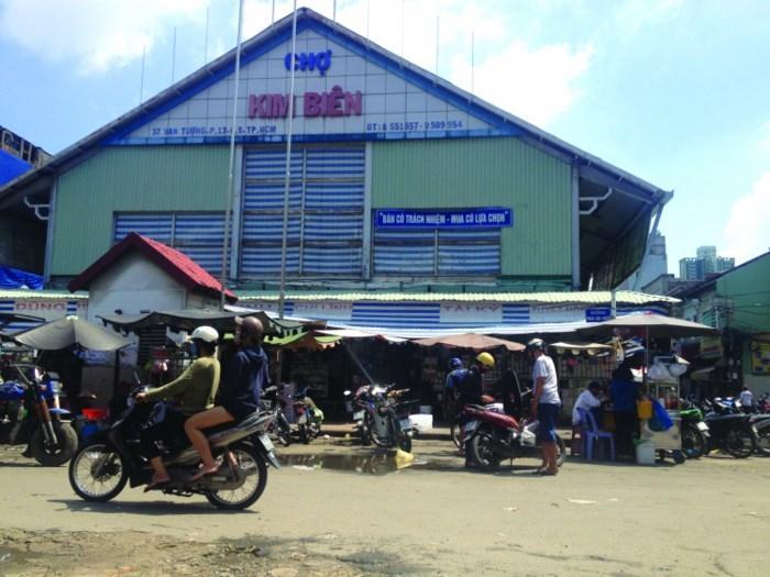 Khu chợ thường lên báo nhất của Sài Gòn