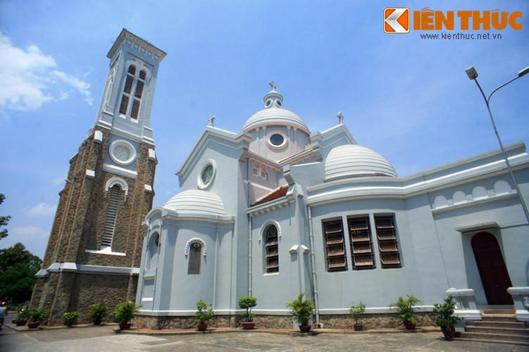 Nhà thờ do ông Lê Phát An (1868-1946), một nhân vật có thế lực của Nam Kỳ Lục Tỉnh đầu thế kỷ 20 bỏ tiền ra xây dựng. Ông Lê Phát An chính là con của ông Huyện Sỹ Lê Phát Đạt - người đã cho xây nhà thờ Huyện Sỹ.
