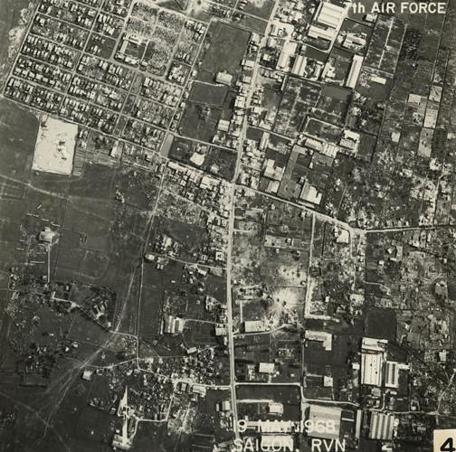 Quận Tân Phú, khu vực là đường Lũy Bán Bích và phường Phú Thọ Hòa ngày nay. Ảnh: Vietnam Center and Archive.