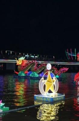 Vẻ đẹp ánh sáng của 60 hoa đăng dọc theo một khúc sông Hậu