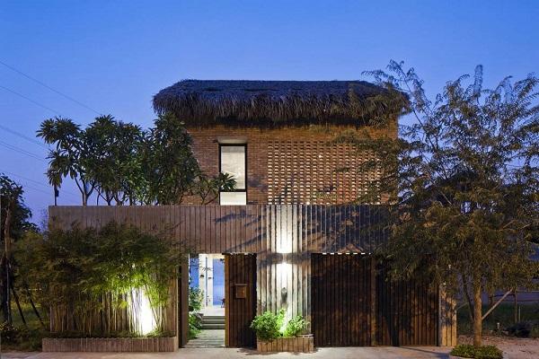 Gia chủ là một cặp vợ chồng kiến trúc sư nên cũng không khó hiểu khi nó có diện mạo đẹp đến vậy.
