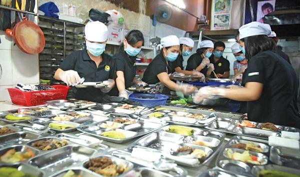Bữa cơm tươm tất có giá chỉ 2.000 đồng ở quán Nụ Cười (TP.HCM) ĐỘC LẬP
