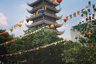 Chùa Vĩnh Nghiêm là ngôi chùa lớn và nổi tiếng của TP.HCM. Ảnh: kommon_johnpaul
