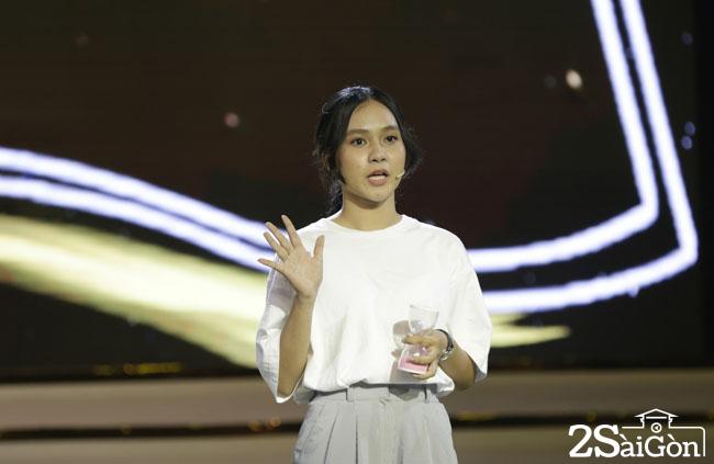 3. Thi sinh Huong Giang (4)