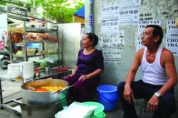 67Hàng bánh canh cua của bà Loan tại quận 6.