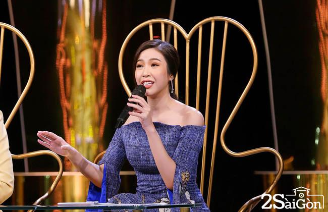 7. Giam khao Phuong Uyen (1)