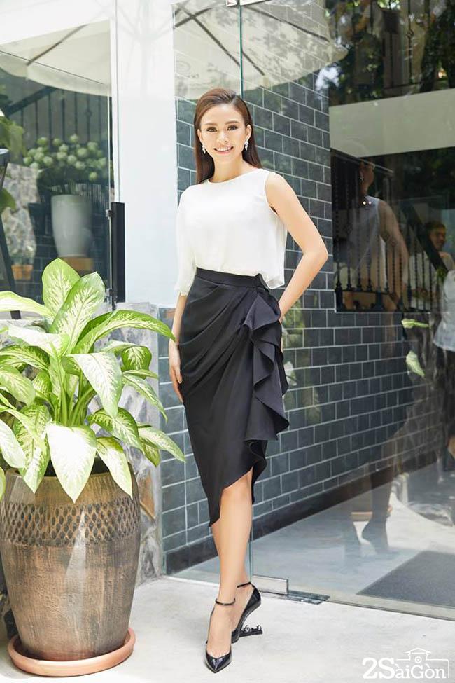 8 Mau Thuy