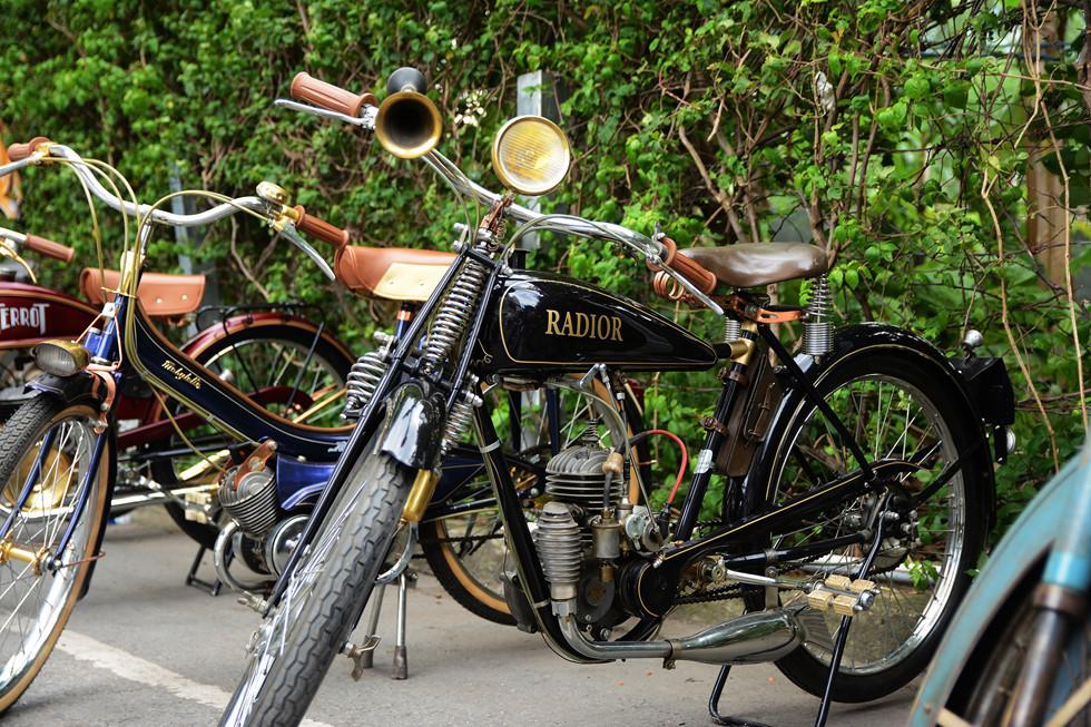 """Những xe """"độc"""" của ông Giang thường xuất hiện trong các triển lãm, lễ hội xe cổ khắp nơi HOÀI NHÂN"""