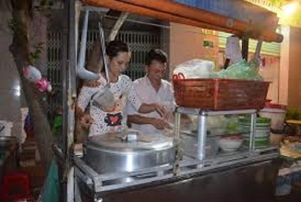Mưu sinh ở Sài Gòn bằng nghề bán hủ tiếu X.P