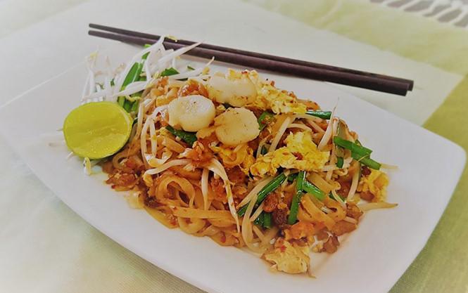 Những ai mê món Thái đều biết đến Pad Thai (hủ tiếu xào) MANANYA