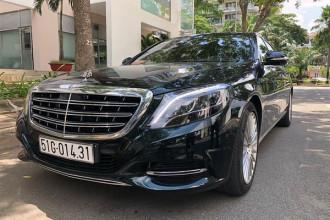 """Trong dàn Mercedes-Maybach chính hãng tại Việt Nam, mẫu Mercedes-Maybach S400 4Matic được xem là phiên bản rẻ nhất của loạt xe sang mang thương hiệu Maybach khi chính thức được ra mắt vào hồi đầu năm 2017. Nó được xem như """"át chủ bài"""" trong việc hoàn thành mục tiêu hay thậm chí vượt doanh số của hãng xe sang Đức tại Việt Nam."""