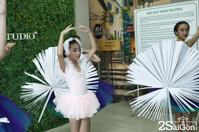 KHANH VY T4 (2)