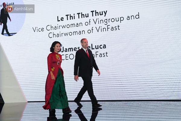 Khoảnh khắc Lê Thị Thu Thuỷ - Phó Chủ tịch tập đoàn Vingroup, nữ Chủ tịch VinFast xuất hiện trong sự kiện thu hút sự chú ý của đông đảo quan khách.