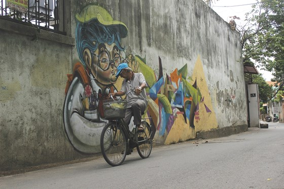 Một sản phẩm Graffiti đẹp còn xuất phát từ tâm của người vẽ. Ảnh: THỤC QUYÊN
