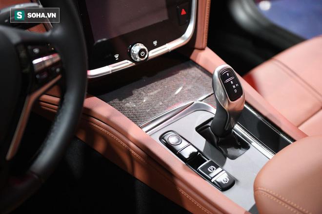 Chiếc xe được đánh giá tiệm cận với hạng F, và sẽ khó có giá bán dưới 1 tỷ đồng.