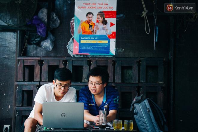 Những bạn trẻ thì lại ưa chuộng cafe wifi mạnh để làm việc
