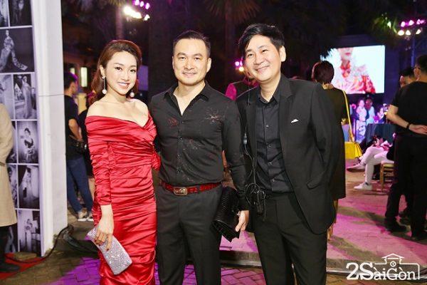 Đạo diễn Lê Minh chỉ đạo show diễn kỷ niệm 25 năm làm nghề của NTK Võ Việt Chung