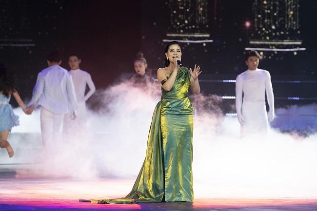 Tia Hai Chau (6)