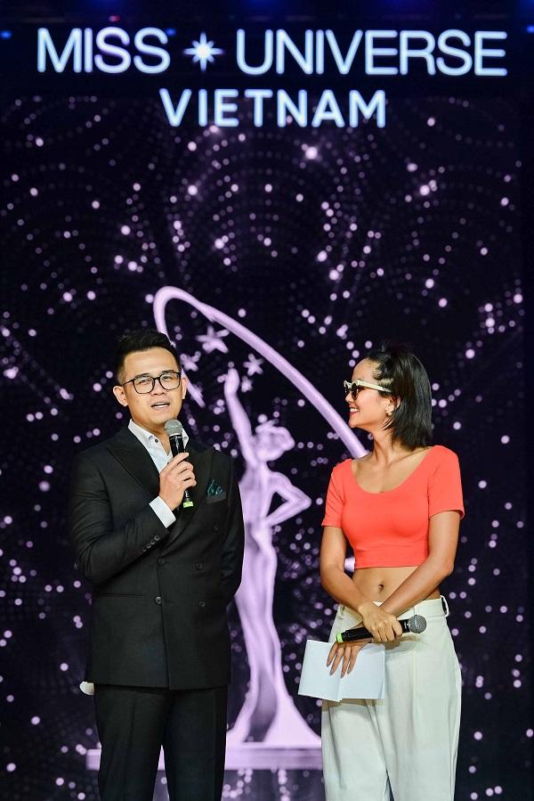 Tong duyet san khau ban ket Hoa Hau Hoan Vu Viet Nam 2019 (38)