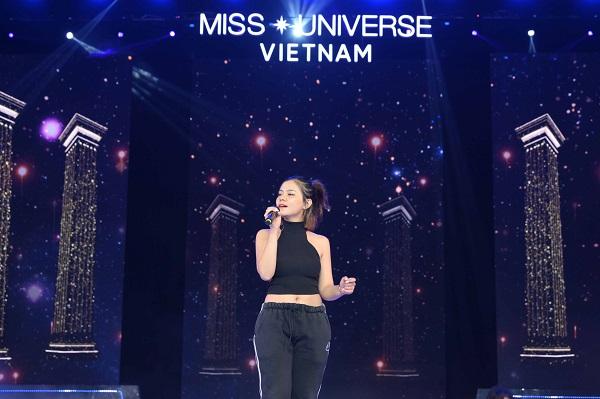 Tong duyet san khau ban ket Hoa Hau Hoan Vu Viet Nam 2019 (7)